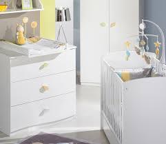 meubles chambre bébé meuble chambre bebe lit et langer dans une de b plut t sympathique