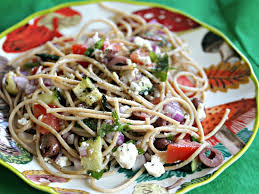 whole wheat spaghetti salad with grilled zucchini kalamata olives