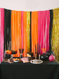 Halloween Decoration Party Ideas Trick Or Treat Festivities Halloween Gone Glam A La Kate Spade