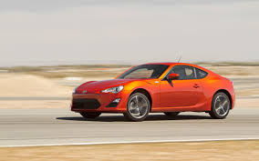 scion frs vs hyundai genesis coupe 28k high performance two door comparison motor trend