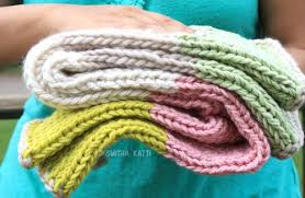 free knitting pattern quick baby blanket 10 day quick knit baby blanket allfreeknitting com