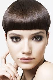 Mushroom Hairstyle Sleek Dark Brown Mushroom Cut With Bangs Beauty Styles Fashion