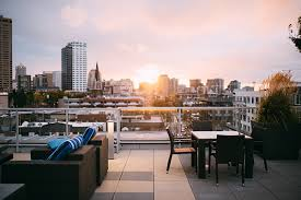 Roof Top Bars In Nyc Best Rooftop Bars In Nyc Julep By Triplemint