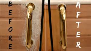 How Do I Clean Glass Shower Doors How To Clean Glass Shower Doors With Lemon Does It Really Work