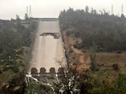 oroville dam spillway collapse may be due to missing rebar watts