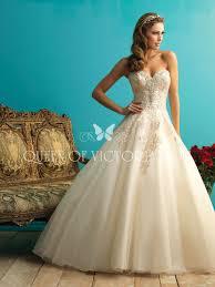 amazing vintage wedding dresses vintage lace appliqued tulle gown strapless