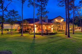 3 stunning golf mansions for sale in houston tx supreme auctions