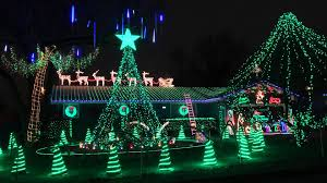 christmas lights springfield mo the bagwell s christmas light display 2013 youtube