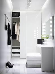 mod鑞e dressing chambre les portes de placard on vous donne 45 idées en photos