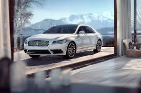 the six coolest features on the 2017 lincoln continental