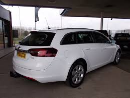 vauxhall insignia estate used white vauxhall insignia for sale bedfordshire