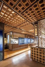 Low Cost Restaurant Interior Design by 2757 Best Cafés Bars Restaurants Images On Pinterest