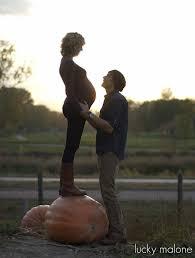 pumpkin patch maternity best 25 pumpkin maternity photos ideas on fall