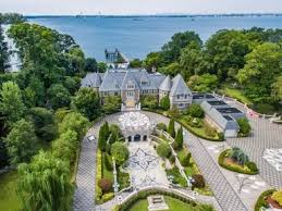 gatsby mansion the great gatsby mansion is on the market for 85 million