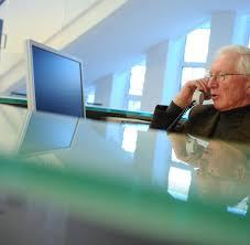 Wohnzimmerm El F Senioren Rente Altersvorsorge Am Ende Hilft Nur Sparen Welt