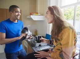 chambre gratuite contre service colocation gratuite logement contre services 40 chambre service