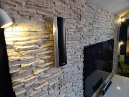 steinwand optik im wohnzimmer fein wohnzimmer steinwand ziakia beleuchtung fliesen grau