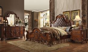 Traditional Cherry Bedroom Furniture - ornate upholstered 4pc queen bedroom set in traditional cherry oak