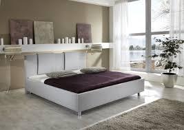 Schlafzimmerschrank Kleines Zimmer Schlafzimmer Ideen Gestaltung Shabby Chic Vintage Weiß Tagesdecke