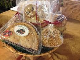 fresh market gift baskets specialty baskets borzynskis farm floral market