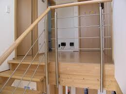 kindersicherung f r treppen kindersicherung treppe luxus treppenbau swappingtons