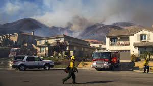 Wildfire Woodland Hills Ca by Here U0027s The Latest On Southern California U0027s Four Largest Wildfires