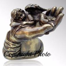 baby urn baby angel on cremation urn iuin102 b infinityurns