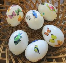 blown eggs decorating how to decorate blown out eggs with stickers finding the golden gleam