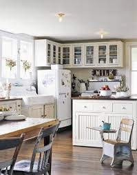 Retro Style Kitchen Cabinets Antique Kitchen Decorating Ideas Captainwalt Com