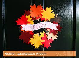 make a festive thanksgiving wreath