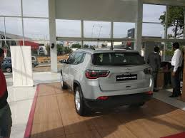 jeep compass 2017 trunk space meeting the jeep compass edit priced between 14 95 to 20 65