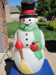 Lighted Snowman Outdoor Decoration by Plastic Outdoor Snowman Christmas Decorations Rainforest Islands