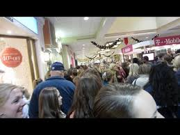 hollister black friday black friday fight black friday madness teens go crazy at