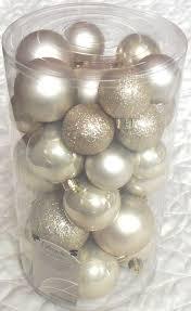 amazon com decoris 30 luxury shatterproof christmas baubles