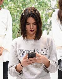 hairstyles for giving birth kendall jenner bob haircut 2017 nyfw stylecaster
