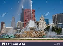 chicago illinois buckingham fountain sears tower willis tower