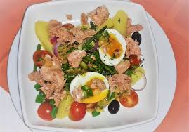 restaurant cuisine nicoise nicoise salad picture of restaurant select culung tripadvisor