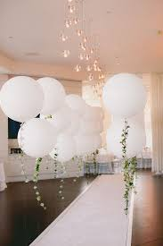 jumbo balloons how to throw a white out party hadley fc and interiors