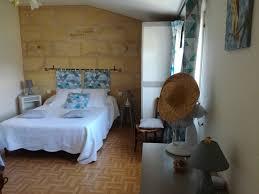 chambre d hote sulpice chambres d hôtes cabadentra émilion chambres sulpice de