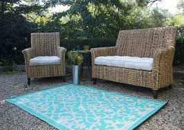 Outdoor Throw Rugs by Outdoor Outdoor Area Rugs With Grey Modern Sofa And Blue Carpet