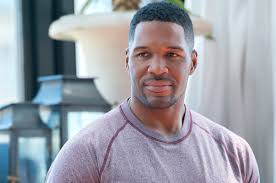michael strahan new haircut michael strahan doesn t miss live page six