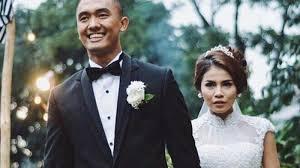 Cerita Anak Smp Yang Hamil Diluar Nikah Dicurigai Hamil Diluar Nikah Ini 5 Fakta Pernikahan Uus Dan Kartika