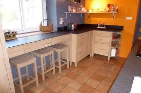 petit plan de travail cuisine pour le petit plan de travail étroit sous fenêtre pièce cuisine