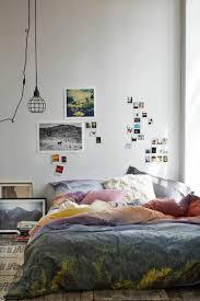 schlafzimmer wand dekorieren bilderrahmen home gallery walls