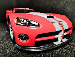 Dodge Viper Limited Edition - 1 18 dodge viper gts r red with silver stripes by wheels in