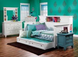 Summer Breeze Queen White Panel Bedroom Suite Steinhafels Furniture Summer Breeze Daybed W Bookcase Back To