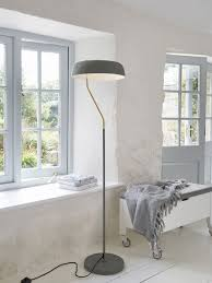 curved floor lamp