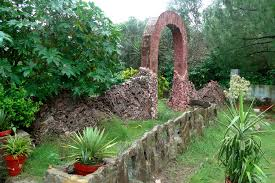Images Of Rock Garden by File View Of Rock Garden Gate At The Pakistan Museum Of Natural