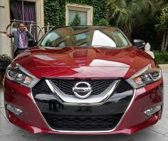nissan maxima youtube 2015 this is what the 2016 nissan maxima is bringing to the fight
