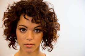 bob hairstyles for frizzy hair fade haircut